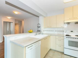 Photo 7: 805 5848 OLIVE Avenue in Burnaby: Metrotown Condo for sale (Burnaby South)  : MLS®# R2412476