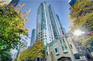 "Photo 1: 1302 1238 MELVILLE Street in Vancouver: Coal Harbour Condo for sale in ""POINTE CLAIRE"" (Vancouver West)  : MLS®# R2432626"