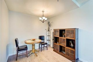 """Photo 5: 1302 1238 MELVILLE Street in Vancouver: Coal Harbour Condo for sale in """"POINTE CLAIRE"""" (Vancouver West)  : MLS®# R2432626"""