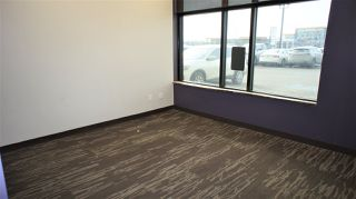 Photo 10: 4963-4967 55 Avenue NW in Edmonton: Zone 42 Retail for lease : MLS®# E4190149