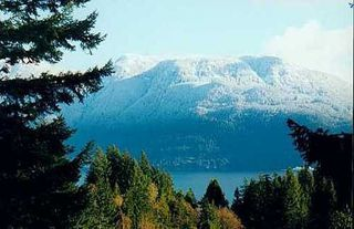Photo 1: 1320 HILLCREST Road in Bowen Island: Home for sale : MLS®# V596941