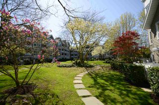 "Photo 17: 107 5500 LYNAS Lane in Richmond: Riverdale RI Condo for sale in ""THE HAMPTONS"" : MLS®# R2451286"