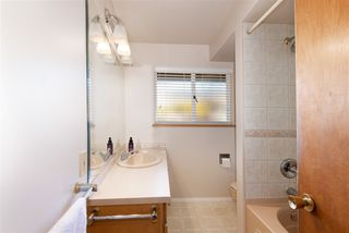 Photo 7: 233 SANDRINGHAM Crescent in North Vancouver: Upper Lonsdale House for sale : MLS®# R2461067