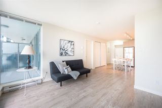 "Photo 8: 804 13303 CENTRAL Avenue in Surrey: Whalley Condo for sale in ""The Wave"" (North Surrey)  : MLS®# R2461972"