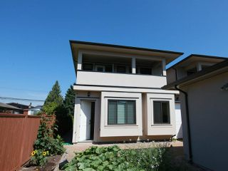 Photo 40: 6906 UNION Street in Burnaby: Sperling-Duthie House 1/2 Duplex for sale (Burnaby North)  : MLS®# R2484753