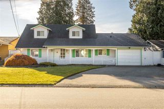 Photo 1: 19352 120B Avenue in Pitt Meadows: Central Meadows House for sale : MLS®# R2515245