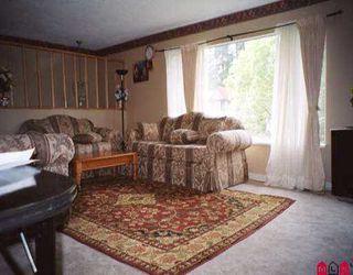 Photo 2: 15536 85A AV in Surrey: Fleetwood Tynehead House for sale : MLS®# F2511520