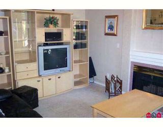 "Photo 5: 13900 HYLAND Road in Surrey: East Newton Townhouse for sale in ""Hyland Grove"" : MLS®# F2617473"