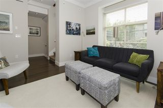 """Photo 10: 9 3025 BAIRD Road in North Vancouver: Lynn Valley Townhouse for sale in """"Vicinity"""" : MLS®# R2387981"""