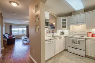 """Photo 12: 320 4770 52A Street in Ladner: Delta Manor Condo for sale in """"Westham Lane"""" : MLS®# R2409318"""