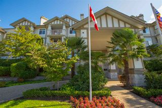 """Photo 2: 320 4770 52A Street in Ladner: Delta Manor Condo for sale in """"Westham Lane"""" : MLS®# R2409318"""