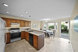 "Photo 8: 2 12917 17 Avenue in Surrey: Crescent Bch Ocean Pk. Townhouse for sale in ""OCEAN PARK GROVE"" (South Surrey White Rock)  : MLS®# R2422770"