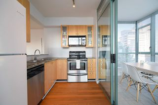 "Photo 8: 402 1238 BURRARD Street in Vancouver: Downtown VW Condo for sale in ""ALTADENA"" (Vancouver West)  : MLS®# R2423214"