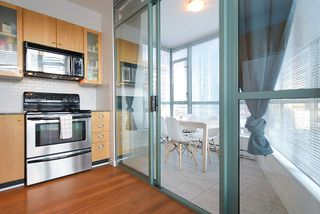 "Photo 6: 402 1238 BURRARD Street in Vancouver: Downtown VW Condo for sale in ""ALTADENA"" (Vancouver West)  : MLS®# R2423214"