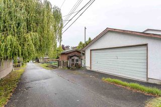 """Photo 18: 439 W 15TH Street in North Vancouver: Central Lonsdale House for sale in """"MAHON"""" : MLS®# R2464698"""