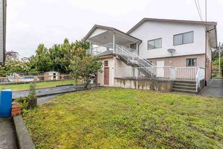 """Photo 17: 439 W 15TH Street in North Vancouver: Central Lonsdale House for sale in """"MAHON"""" : MLS®# R2464698"""