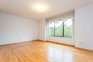 """Photo 8: 439 W 15TH Street in North Vancouver: Central Lonsdale House for sale in """"MAHON"""" : MLS®# R2464698"""