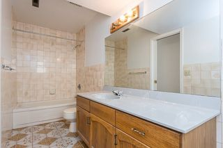 """Photo 14: 439 W 15TH Street in North Vancouver: Central Lonsdale House for sale in """"MAHON"""" : MLS®# R2464698"""