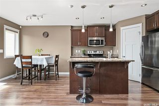 Photo 7: 831 Willowgrove Crescent in Saskatoon: Willowgrove Residential for sale : MLS®# SK813010