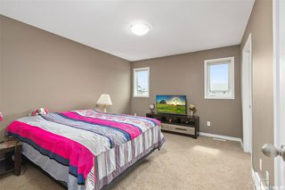 Photo 14: 831 Willowgrove Crescent in Saskatoon: Willowgrove Residential for sale : MLS®# SK813010