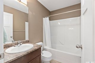Photo 13: 831 Willowgrove Crescent in Saskatoon: Willowgrove Residential for sale : MLS®# SK813010
