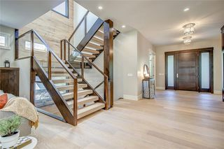 Photo 3: 1421 PREMIER Way SW in Calgary: Upper Mount Royal Detached for sale : MLS®# C4306420