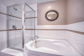 "Photo 24: 101 1581 FOSTER Street: White Rock Condo for sale in ""Sussex House"" (South Surrey White Rock)  : MLS®# R2478848"