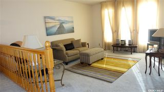 Photo 3: 108 Plaxton Place in Regina Beach: Residential for sale : MLS®# SK826130