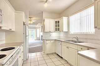 Photo 3: 14 SIGNAL HILL Lane SW in Calgary: Signal Hill Semi Detached for sale : MLS®# A1034510