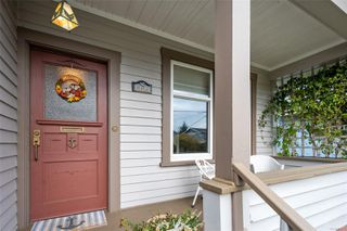 Photo 2: 1224 Chapman St in : Vi Fairfield West House for sale (Victoria)  : MLS®# 859273