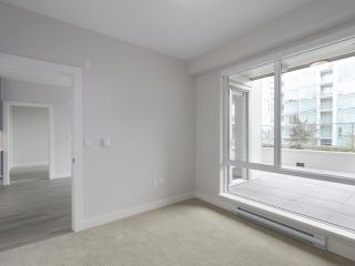 "Photo 17: 104 1768 GILMORE Avenue in Burnaby: Brentwood Park Condo for sale in ""Escala"" (Burnaby North)  : MLS®# R2398729"