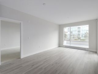 "Photo 3: 104 1768 GILMORE Avenue in Burnaby: Brentwood Park Condo for sale in ""Escala"" (Burnaby North)  : MLS®# R2398729"