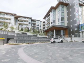 "Photo 1: 104 1768 GILMORE Avenue in Burnaby: Brentwood Park Condo for sale in ""Escala"" (Burnaby North)  : MLS®# R2398729"