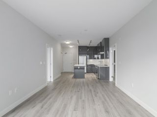 "Photo 6: 104 1768 GILMORE Avenue in Burnaby: Brentwood Park Condo for sale in ""Escala"" (Burnaby North)  : MLS®# R2398729"