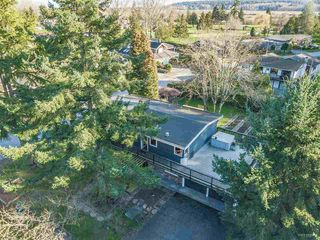 Photo 20: 935 EDEN Place in Delta: Tsawwassen East House for sale (Tsawwassen)  : MLS®# R2442067
