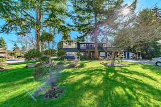 Photo 1: 935 EDEN Place in Delta: Tsawwassen East House for sale (Tsawwassen)  : MLS®# R2442067