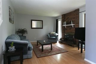 Photo 5: 909 Dugas Street in Winnipeg: Windsor Park Residential for sale (2G)  : MLS®# 202011455