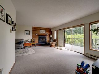 Photo 9: 3378 BEACH Avenue: Roberts Creek House for sale (Sunshine Coast)  : MLS®# R2474296