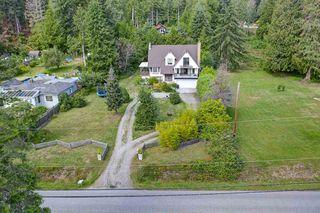 Photo 3: 3378 BEACH Avenue: Roberts Creek House for sale (Sunshine Coast)  : MLS®# R2474296