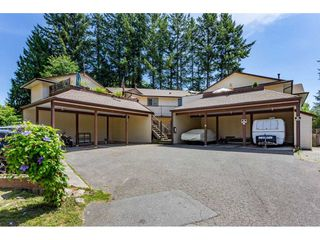 """Main Photo: 3 20848 DOUGLAS Crescent in Langley: Langley City Townhouse for sale in """"Brookside Terrace"""" : MLS®# R2476133"""