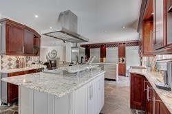 Photo 10: 44 N Wootten Way in Markham: Markham Village House (2-Storey) for sale : MLS®# N4857748