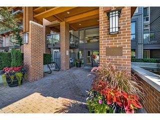 "Photo 3: 503 500 ROYAL Avenue in New Westminster: Downtown NW Condo for sale in ""THE DOMINION"" : MLS®# R2508341"