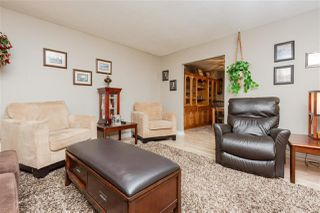 Photo 4: 2325 MILLBOURNE Road W in Edmonton: Zone 29 House for sale : MLS®# E4169448