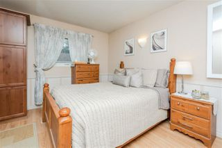Photo 9: 2325 MILLBOURNE Road W in Edmonton: Zone 29 House for sale : MLS®# E4169448