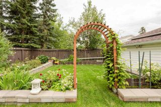 Photo 29: 2325 MILLBOURNE Road W in Edmonton: Zone 29 House for sale : MLS®# E4169448