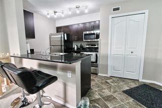 Photo 2: 313 11803 22 Avenue in Edmonton: Zone 55 Condo for sale : MLS®# E4174001