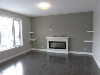 Photo 3: 5739 176 Avenue NW in Edmonton: Zone 03 House for sale : MLS®# E4174375