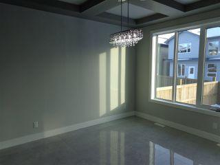 Photo 5: 5739 176 Avenue NW in Edmonton: Zone 03 House for sale : MLS®# E4174375
