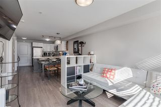 Photo 8: 303 2408 E BROADWAY in Vancouver: Renfrew VE Condo for sale (Vancouver East)  : MLS®# R2463724