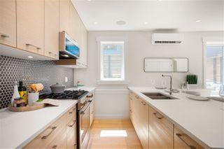 """Photo 8: 1849 W 15TH Avenue in Vancouver: Kitsilano Townhouse for sale in """"Craftsman Collection II"""" (Vancouver West)  : MLS®# R2487563"""